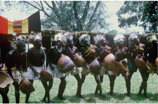 Photograph courtesy of the Judith Hanna Collection, Library of Congress. Picturing Acholi men dancing the Larakaraka in 1963